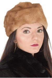 Σύγχρονο καπέλο από φυσική γούνα