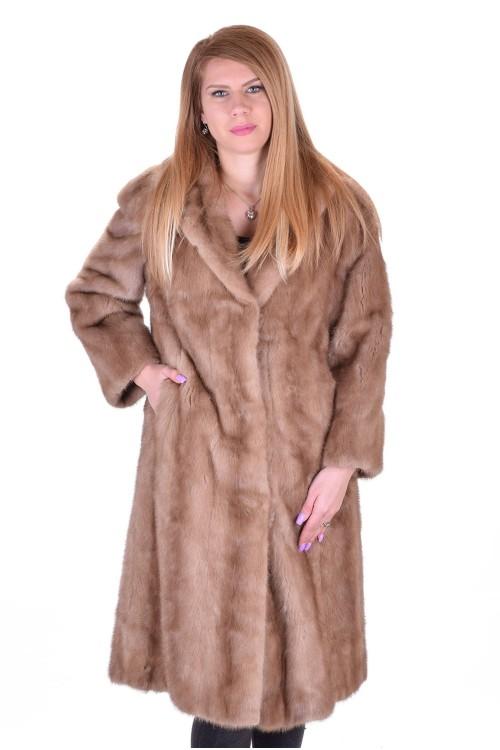 Μπέζ γυναικείο παλτό από φυσική γούνα 203.00 EUR