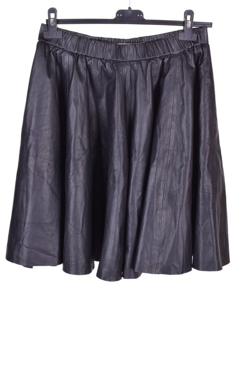 Γυναικεία δερμάτινη φούστα 16.00 EUR