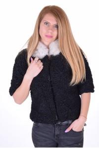 Κομψό γυναικείο παλτό από αστρακάν