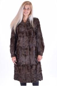 Καλαισθητικό γυναικείο παλτό από γίδα