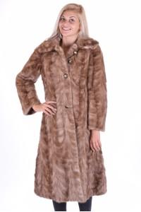 Εξαίσιο γυναικείο παλτό από φυσική γούνα