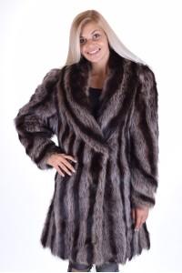 Στιλάτο γυναικείο παλτό από φυσική γούνα