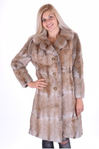 Καλαισθητικό παλτό από μοσχοπόντικα