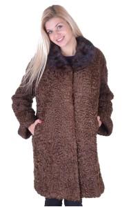 Σκούρο καφέ παλτό από αστρακάν