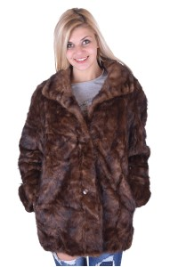 Μοντέρνο παλτό από βιζόν