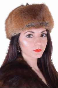 Γυναικείο καπέλο από φυσική γούνα