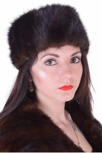 Θαυμάσιο γυναικείο καπέλο από φυσική γούνα